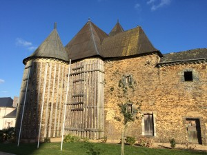 Senonnes : le château (XVe et XVIe siècles)